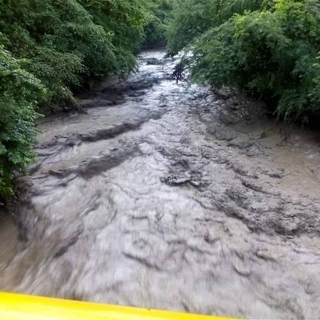 Rio alaga em Salgar, Colômbia Foto: Reprodução