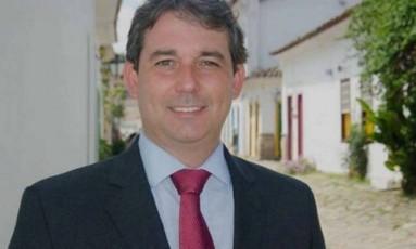 Prefeito de Paraty foi baleado de raspão ao deixar a prefeitura Foto: Divulgação