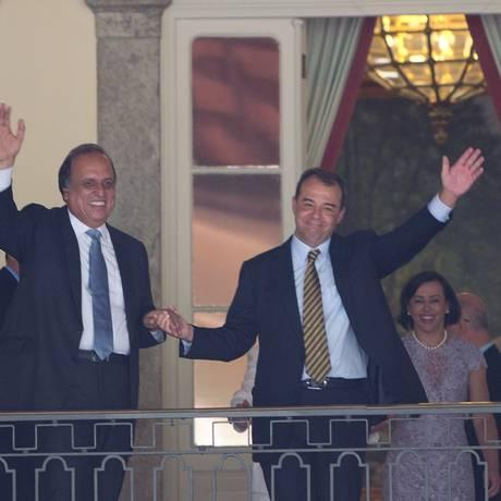 Sérgio Cabral no dia em que deixou o governo do Rio, repassado o cargo a Luiz Fernando Pezão Foto: Alexandre Cassiano / Arquivo O Globo