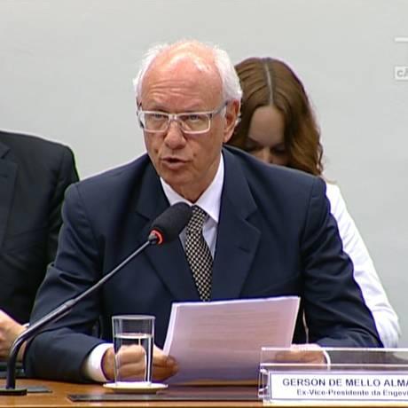 Gerson Almada, ex-vice-presidente da Engevix, na CPI da Petrobras Foto: Reprodução TV 21/05/2015