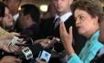 A presidente Dilma Rousseff em entrevista no Palácio Itamaraty