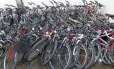 Bicicletas apreendidas se amontoam na 14ª DP (Leblon)