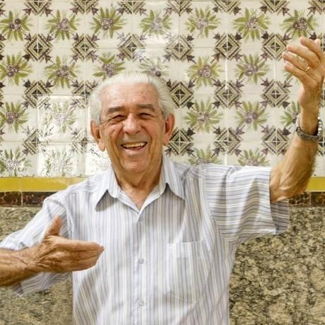 Pose. José Bernardo de Souza relembra a época em que era maestro Foto: Bia Guedes / Agência O Globo