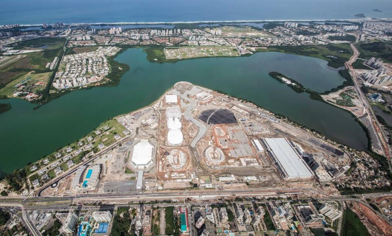 O Parque Olímpico abrigará nove arenas esportivas, além do Centro Internacional de Transmissão (IBC), o Centro Principal de Imprensa (MPC) e um hotel Foto: Renato Sette Camara / Prefeitura do Rio