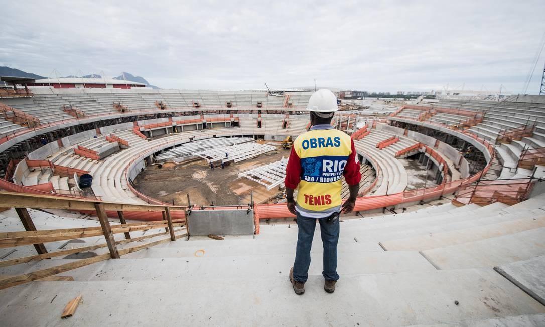 Obras no Centro de Tênis Foto: Renato Sette Camara / Prefeitura do Rio