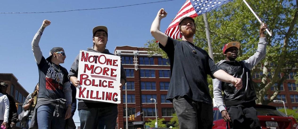 Manifestantes protestam em Cleveland Foto: AARON JOSEFCZYK / REUTERS
