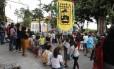 Moradores fazem ato contra atrasos nas obras do bonde de Santa Teresa