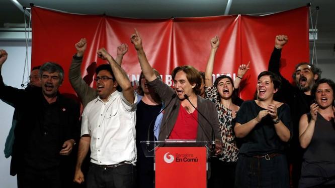Ada Colau, comemora vitória em Barcelona Foto: ALBERT GEA/REUTERS