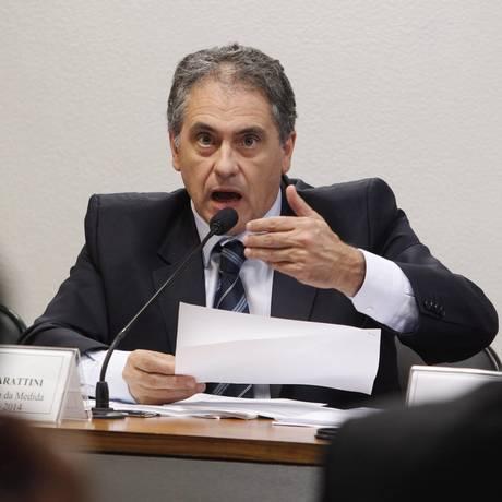 Zarattini: 'Vai ter o relatório e votação será apertada' Foto: O Globo / Givaldo Barbosa/5-5-2015