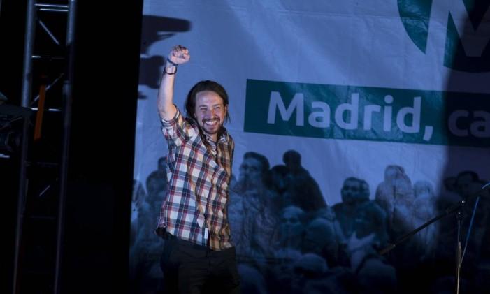 Pablo Iglesias foi um fiel da balança para Madri, Barcelona e outras regiões Foto: Paul White / AP