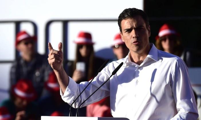 Partido de Pedro Sánchez não conseguiu aproveitar desconfiança do PP Foto: GERARD JULIEN / AFP