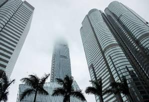A torre do International Finance Centre (IFC) em Hong Kong. Foto: PHILIPPE LOPEZ / AFP