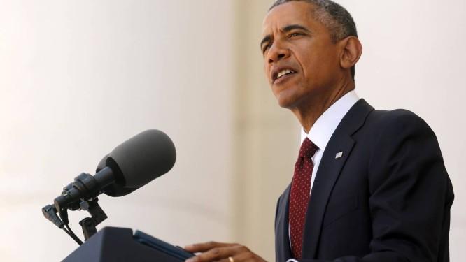 Barack Obama durante o discurso do Memorial Day no Cemitério Nacional de Arlington, na Virgínia Foto: JONATHAN ERNST / REUTERS