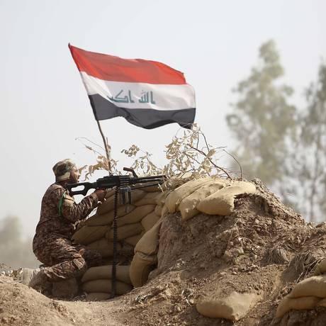 Milícias xiitas têm assumido o front em Anbar Foto: MOHAMMED SAWAF / AFP