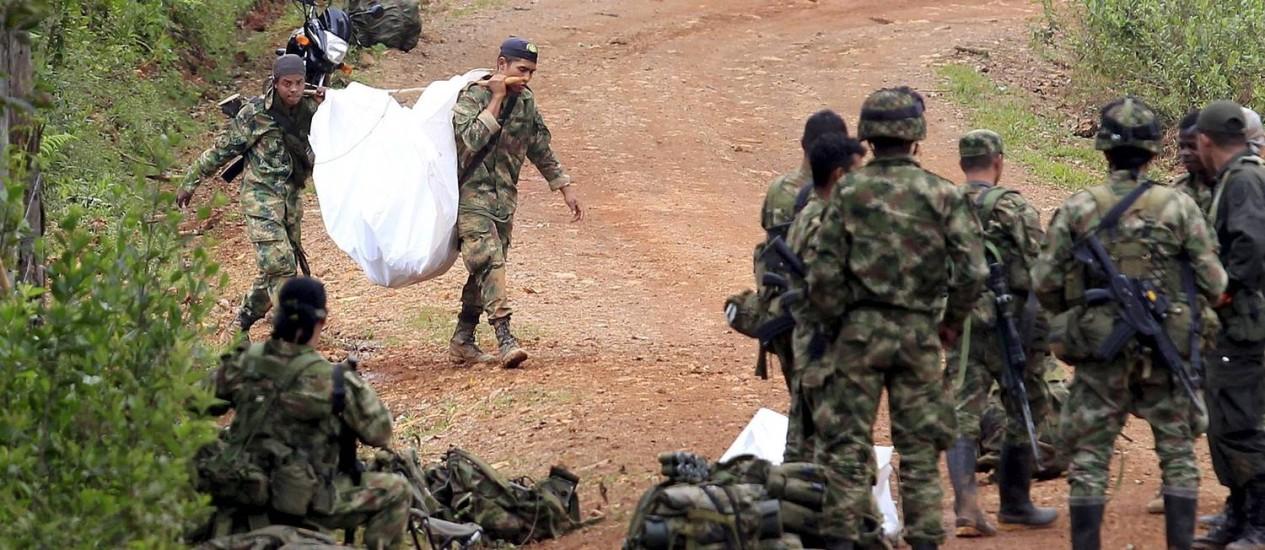 Resultado de imagem para exercito brasileiro contra Farc