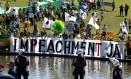 Movimento Brasil Livre protesta na frente do Congresso Nacional Foto: Ailton de Freitas / Agência O Globo