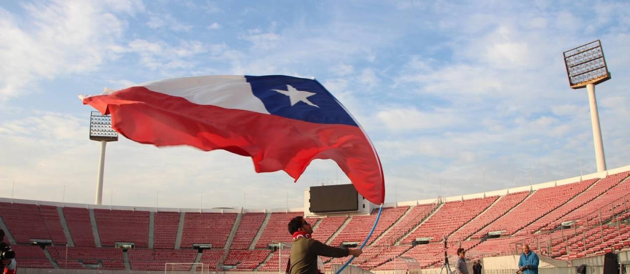 Estádio Nacional, o mais tradicional do Chile, em Santiago Foto: Eduardo Maia / Agência O Globo