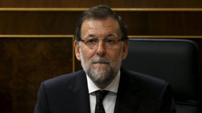 Após uma dura retração nos votos nas eleições regionais, Rajoy sofre mais um baque com o PP Foto: ANDREA COMAS / REUTERS