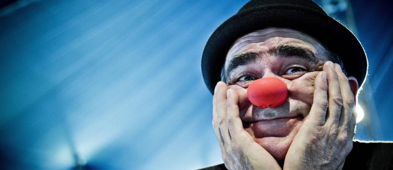 """Integrante da ONG """"Palhaços Sem Fronteiras"""", o artista espanhol acredita que o personagem, ponto de encontro da humanidade, desperta identificação Foto: Guito Moreto / Agência O Globo"""