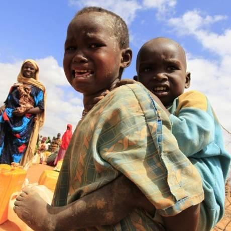 Refugiados por conta do al-Shaabab são novamente transferidos Foto: Reuters