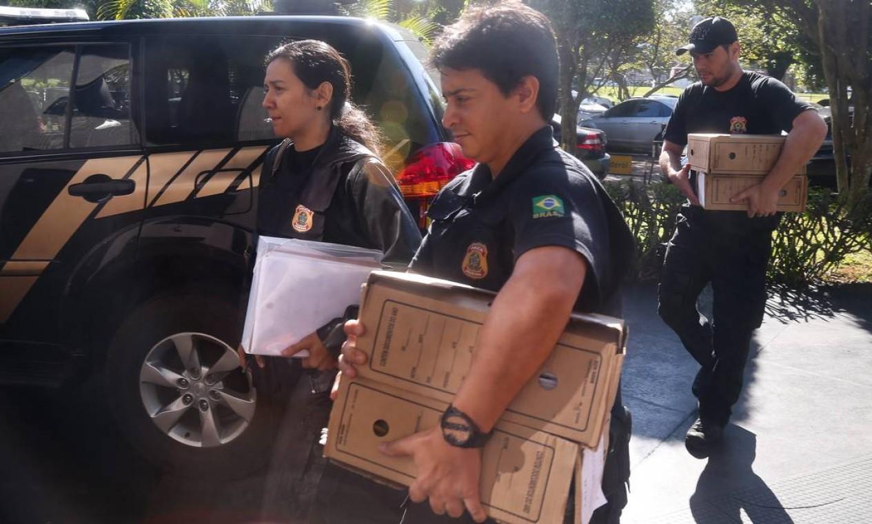 Entre os investigados na operação, está o ex-deputado Virgilio Guimaraes (PT-MG). Também está na lista, o ex-assessor do Ministério das Cidades que estava no avião que transportava o dinheiro apreendido Foto: André Coelho / Agência O Globo