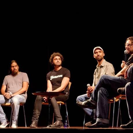 Encontro. Representantes da música independente discutem no Sesi caminhos para o segmento Foto: Freelancer / Bia Guedes
