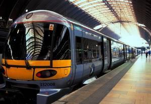 Veloz. O trem Heathrow Express, na estação de Paddington, no centro de Londres Foto: Britain on View / Divulgação / visit britain