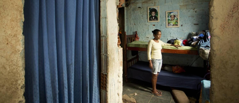 Mesmo em Resende, município com baixo percentual de miseráveis, famílias como a de Ana Lúcia Almeida sobrevivem com muito pouco Foto: Márcia Foletto / Agência O Globo