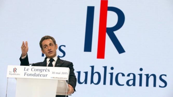 Nicolas Sarkozy no anúncio do novo nome de seu partido: Os Republicanos. Ex-presidente tenta retorno à política após investigações judiciais e período de baixa popularidade Foto: PHILIPPE WOJAZER / REUTERS