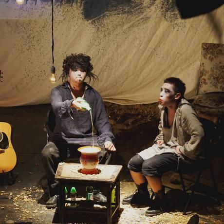 """""""As criadas"""" de Jean Genet, em montagem chinesa: no festival Foto: Divulgação / Divulgação"""