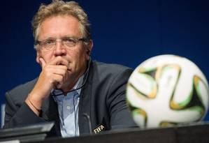 O secretário-geral da Fifa, Jérôme Valcke, foi acusado de autortizar a transferência de US$ 10 milhões como propina para Jack Warner Foto: SEBASTIEN BOZON / AFP