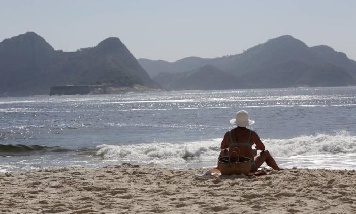 A bela paisagem da Praia de Fora na Fortaleza de São João, na Urca Foto: Custódio Coimbra / Agência O Globo