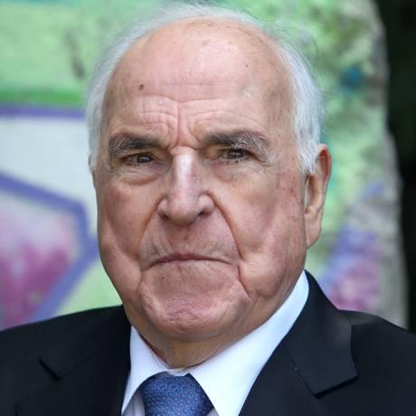 Ex-chanceler alemão, Helmut Kohl está no Centro de Tratamento Intensivo do hospital Heidelberg Foto: AFP / DANIEL ROLAND