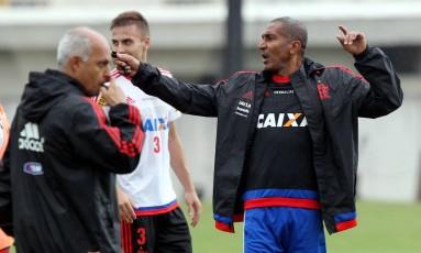 Cristóvão Borges durante o treino do Flamengo no Ninho do Urubu Foto: Cezar Loureiro / Agência O Globo