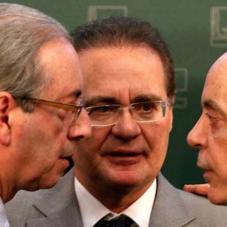 À frente. Cunha, Renan e Serra discutiram recentemente projetos de interesses dos governadores: os três estão à frente da articulação Foto: Ailton de Freitas / Ailton de Freitas/21-5-2015