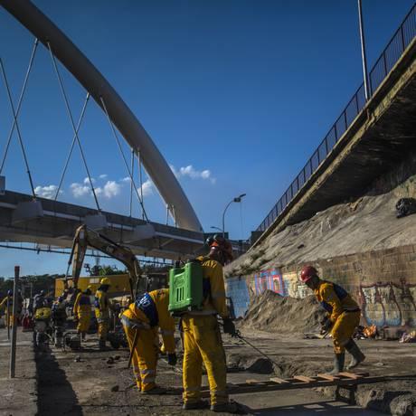 Trabalhadores da construção civil no Rio Foto: Dado Galdieri/28-5-2015 / Bloomberg News