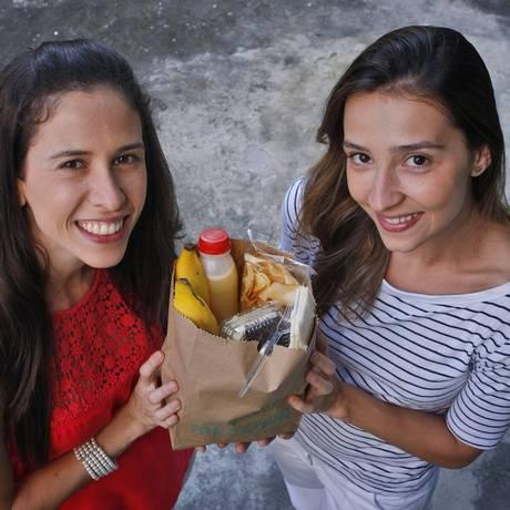 Da dificuldade em preparar a merenda das filhas, Camila fundou a Oficina da Merenda Foto: Luiz Ackermann / Agência O Globo