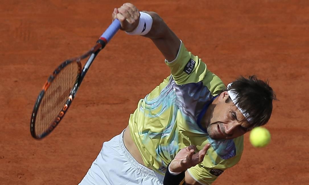 O espanhol David Ferrer enfrenta o britânico Andy Murray durante partida das quartas de final Francois Mori / AP