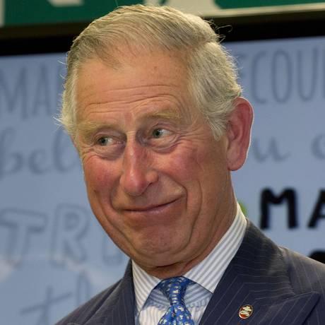 Príncipe Charles visita rede britânica Marks & Spencer, em Londres Foto: Alastair Grant / AP