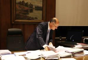 Argumento. Alckmin diz que sua proposta, de aumentar o tempo de internação de menores, não altera a Constituição e, por isso, é de mais fácil aprovação Foto: Michel Filho
