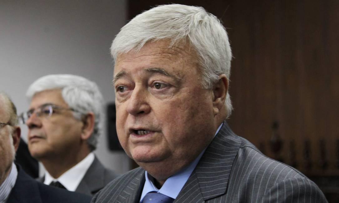 Ricardo Teixeira diz que não recebeu dinheiro para votar