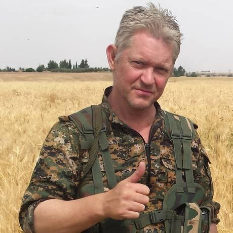 O ator britânico Michael Enright em foto divulgada pelo jornalista curdo Mohammed Hassan Foto: Uncredited / AP