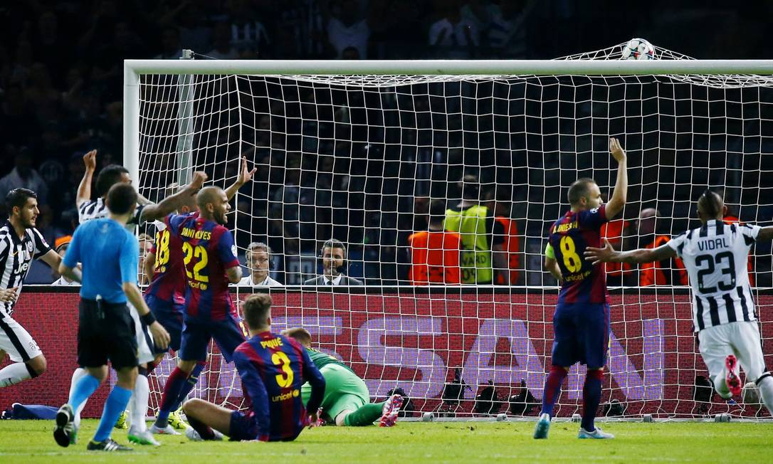 O gol de Morata para o Juventus, aos 10 minutos do 2º tempo Michael Dalder / REUTERS