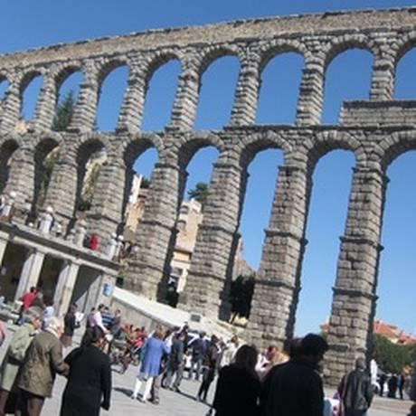 Segóvia, na Espanha, se tornou um dos locais preferidos de atuação da quadrilha, especializada em furtos Foto: REUTERS