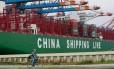 Cargueiro chinês em porto alemão