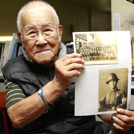 Takashi Morita, 91 anos, fundou associação de vitimas da bomba no Brasil Foto: Marcos Alves / Agência O Globo