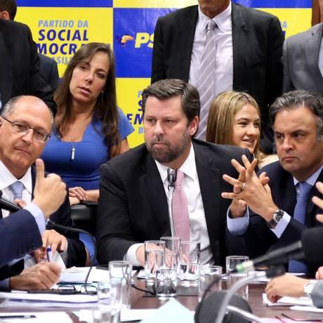 Bancada do PSDB aprova pacote de três propostas sobre maioridade penal Foto: Ailton de Freitas / Agência O Globo