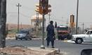 Estado Islâmico controla o tráfego no centro de Mosul, Iraque Foto: AP