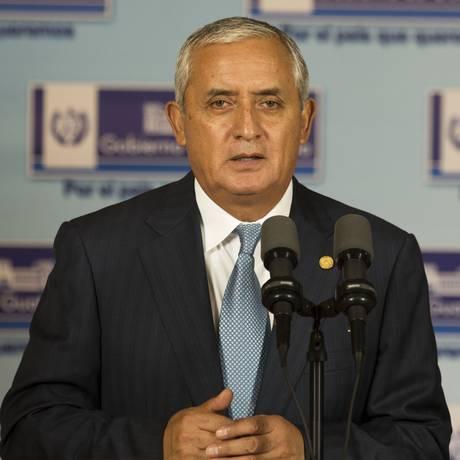Presidente da Guatemala, Otto Perez Molina, foi acusado de estar envolvido em esquema de corrupção. Congresso vai decidir se ele vai perder ou não a imunidade Foto: AP / Moises Castillo