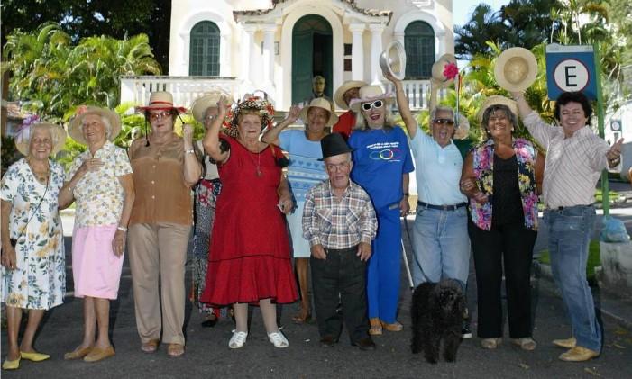 Grupo que participa das festa junina do Retiro dos Artistas Foto: André Teixeira / Agência O Globo (10/06/2008)